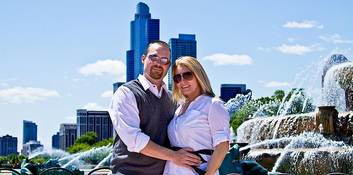 Engagement Photo Session in Chicago,IL by Buckingham Fountain